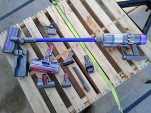 Dyson v 11 torque drive vacuum for Sale in Bakersfield, CA