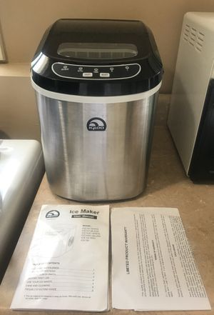 Camping, camper or home use, portable ice machine ice maker counter top for Sale in Lake Wylie, SC