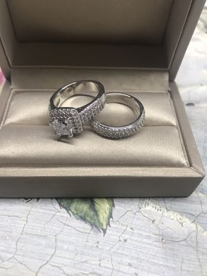 925 Sterling Silver Brilliant Cubic Zirconia Engagement/Wedding Ring for Sale in Los Angeles, CA