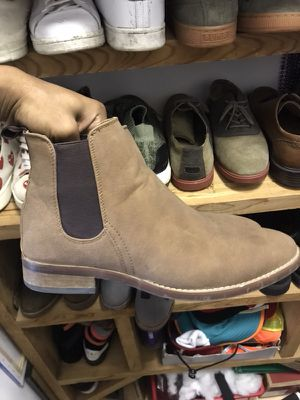 Chelsea Boots Sz 9.5 Steve Madden for Sale in West Palm Beach, FL