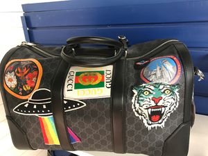 Gucci duffle bag for Sale in Altamonte Springs, FL
