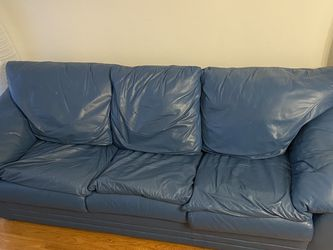 Pull Out Couch With Full Size Mattress, Faux Leather for Sale in Boston,  MA
