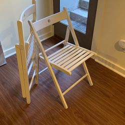 Two White Folding Chairs for Sale in Seattle,  WA