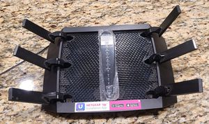 Netgear Nighthawk Tri Band Wireless Router AC4000 for Sale in Corona, CA