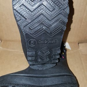 Size 5 toddler Snow Boot Price firm for Sale in Corona, CA