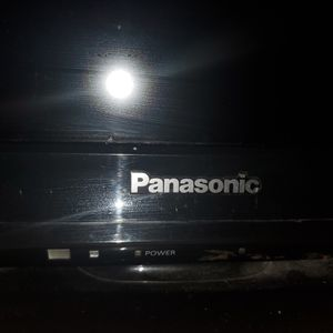 "Free tv 32"" brand Panasonic for Sale in Los Angeles, CA"
