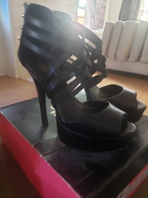 Multiple Women's shoes for Sale in Aloha, OR
