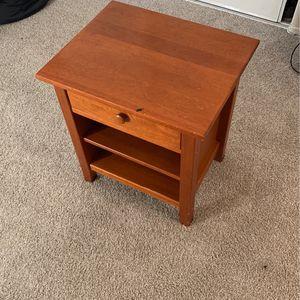 Small Desk for Sale in Santa Clara, CA
