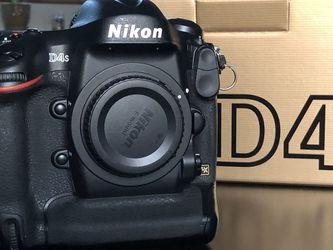 Nikon D4s for Sale in Glen Ellyn,  IL