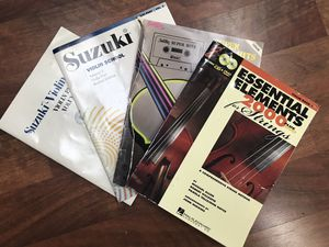 Music books (Violin music book) for Sale in Lakewood, CA