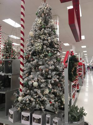 Artificial Christmas Tree- 9' Height WONDERSHOP Flocked Douglas Fir Lit Tree for Sale in Fresno, CA