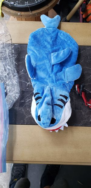 Dog costume... baby shark for Sale in El Monte, CA