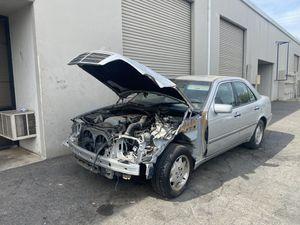 1999 Mercedes Benz C230 (parts) for Sale in Rancho Cordova, CA