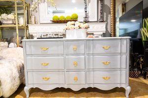 Gray Wash Nine-Drawer Serpentine Dresser w/ Gold Hardware for Sale in Irwindale, CA