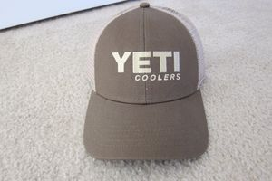 Yeti Cooler Olive Green Embroidered Adjustable Snapback Mesh Trucker Hat Cap NWOT for Sale in UNIVERSITY PA, MD