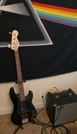 Fender Squier Bass Guitar and rumble 25 fender Amp for Sale in Baltimore, MD