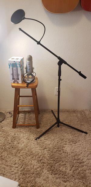 Blue yeti microphone for Sale in Fircrest, WA