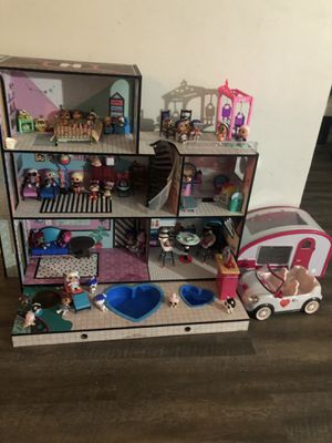 LOL SURPRISE DOLL HOUSE for Sale in Worth, IL