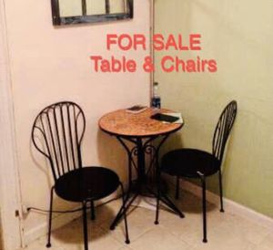 Indoor / Outdoor Mosaic Table w 2 metal chairs for Sale in Queens, NY