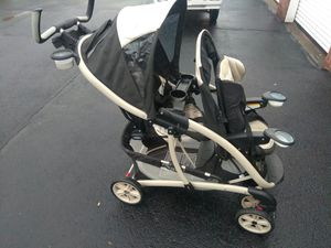 Graco double seat stroller for Sale in Suitland-Silver Hill, MD