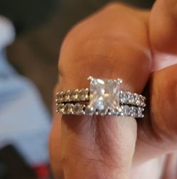 Women's wedding Band Size 7 for Sale in Forest Hill,  LA