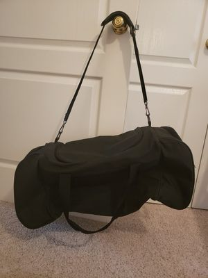 Duffle roller bag for Sale in Murfreesboro, TN