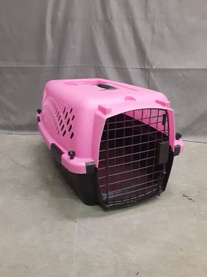 Small pink dog kennel or cat Carrier for Sale in Boise, ID