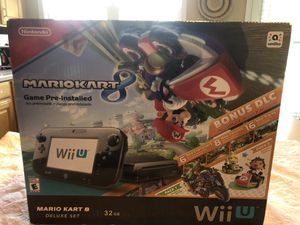 Nintendo Wii U 32GB Mario Kart 8 Deluxe, 4 games Included for Sale in Charlotte, NC