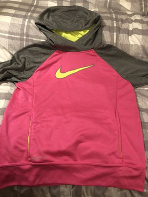 Girls Nike Hoodie XL (size 12?) for Sale in Mount Airy, MD