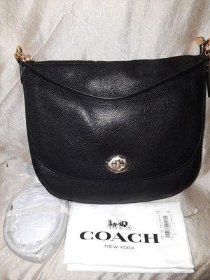 NWT Coach Turnlock Hobo In Pebble Leather Shoulder Bag Black/Gold for Sale in Atlanta, GA