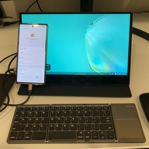 Turn Your Galaxy Phone Into A Laptop With These Gear for Sale in Alhambra, CA