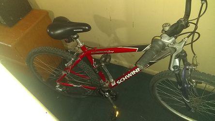Schwinn 26 inch aluminum mountain bikes for Sale in Wichita,  KS