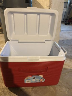 Used cooler for Sale in Chelsea, MA