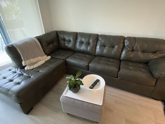 L-Shaped Dark Grey Corner Sofa for Sale in Miami,  FL