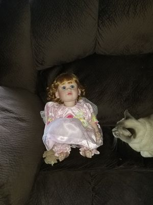 Antique Doll for Sale in Grove City, OH