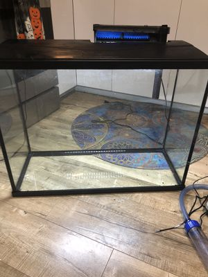 37 gallon aquarium with everything for Sale in Cypress, TX