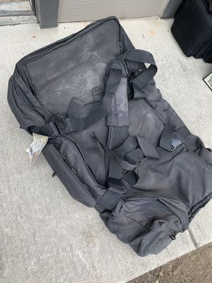SOC rolling duffle bag (BLACK) for Sale in Fort Worth, TX