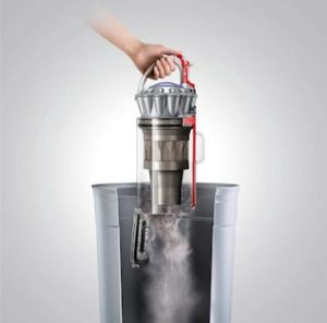Dyson ball vacuum for Sale in Fort Washington, MD