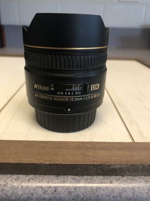 Nikon AF DX Fisheye-NIKKOR 10.5mm f/2.8G ED Lens for Sale in Stone Ridge, VA