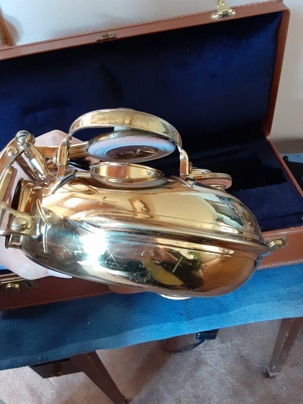 H.Couf Alto Saxophone Superba 1