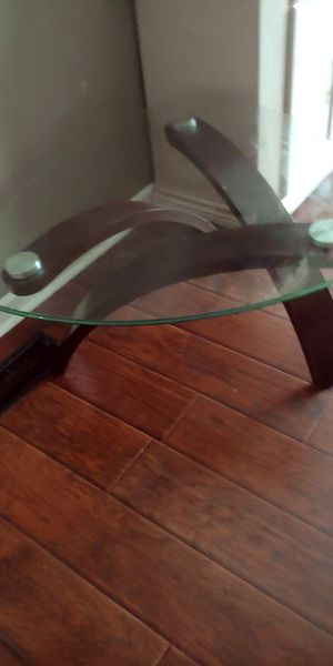 Coffee table and 2 side tables for Sale in Columbus, OH
