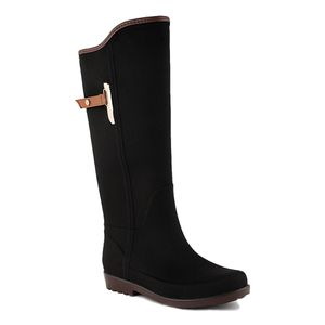 Woman Rain boots 100% Waterproof and Fashion for Sale in Miami Springs, FL