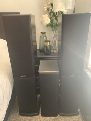 Polk Audio RT800i floor/tower speakers for Sale in Peoria, AZ