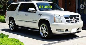 $10OO🔥 Very nice 🔥 2OO8 Cadillac Escalade Suv Runs and drive very smooth clean title!!!! for Sale in Arlington, VA