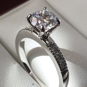 14k white gold plated ring size 6 for Sale in Los Angeles, CA