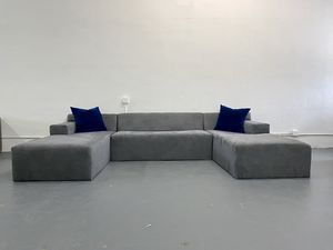 Modern u shape sectional sofa for Sale in Miami, FL