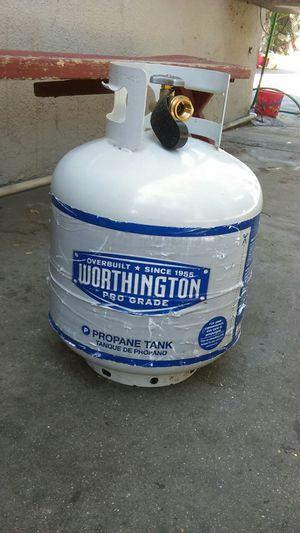 20 pound propane tank five months old for Sale in San Bernardino, CA