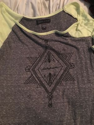 Pacsun Kendall and Kylie baseball tee for Sale in Houston, TX