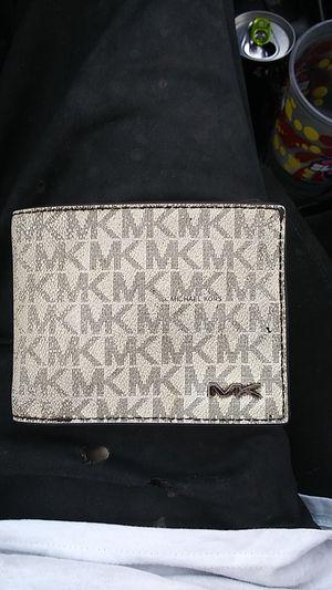 Michael Kors men's Cooper wallet Authentic for Sale in Oklahoma City, OK