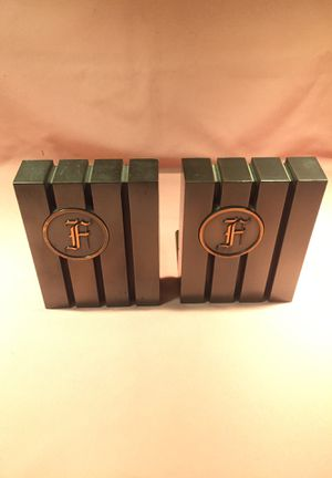 Dated Metal Bookends for Sale in Fresno, CA